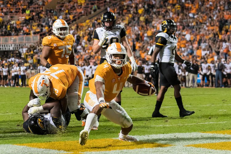 Improving Missouri Pummels Struggling Vols 50-17