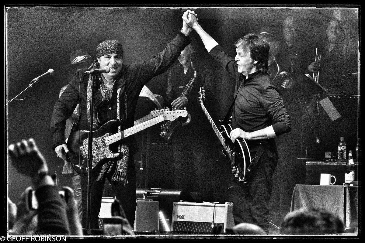 The Beatles Polska: Paul McCartney i Steven Van Zandt dokończyli rozpoczętą w 2012 roku piosenkę