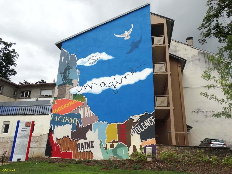 Oyonnax ain la fresque de la paix jesuischarlie par citécréation ici https goo gl wxw3h1 pic twitter com o1yp3tkarb