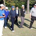「シンゾーと私は類い希な関係だ」昼食、ゴルフ、夕食と長い時間を共にした日米両首脳。2人の関係を決定づ…