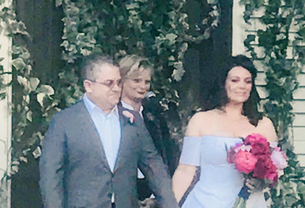 Amber Tamblyn Wedding.Amber Tamblyn On Twitter A Most Beautiful Wedding Ceremony Between