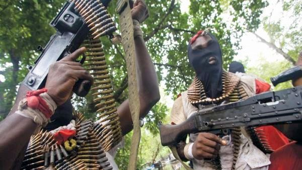 Eleven persons were killed and four others injured when gunmen opened fire on villagers returning from market in Plateau State on Tuesday night.