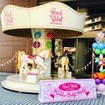 今日は日本初となるプレミアムパーティー♪フォトスポットもエントランスで展開中です!フォトスポットで写…