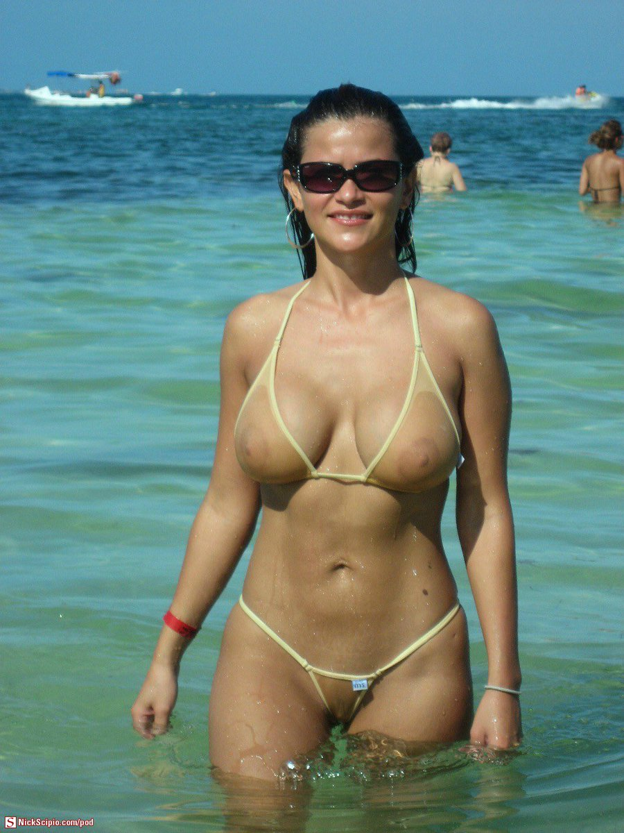 boobs bikini Amateur in