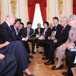 トランプ大統領とメラニア夫人に、拉致被害者の御家族に面会して頂きました。横田早紀江さんが語り始めると…