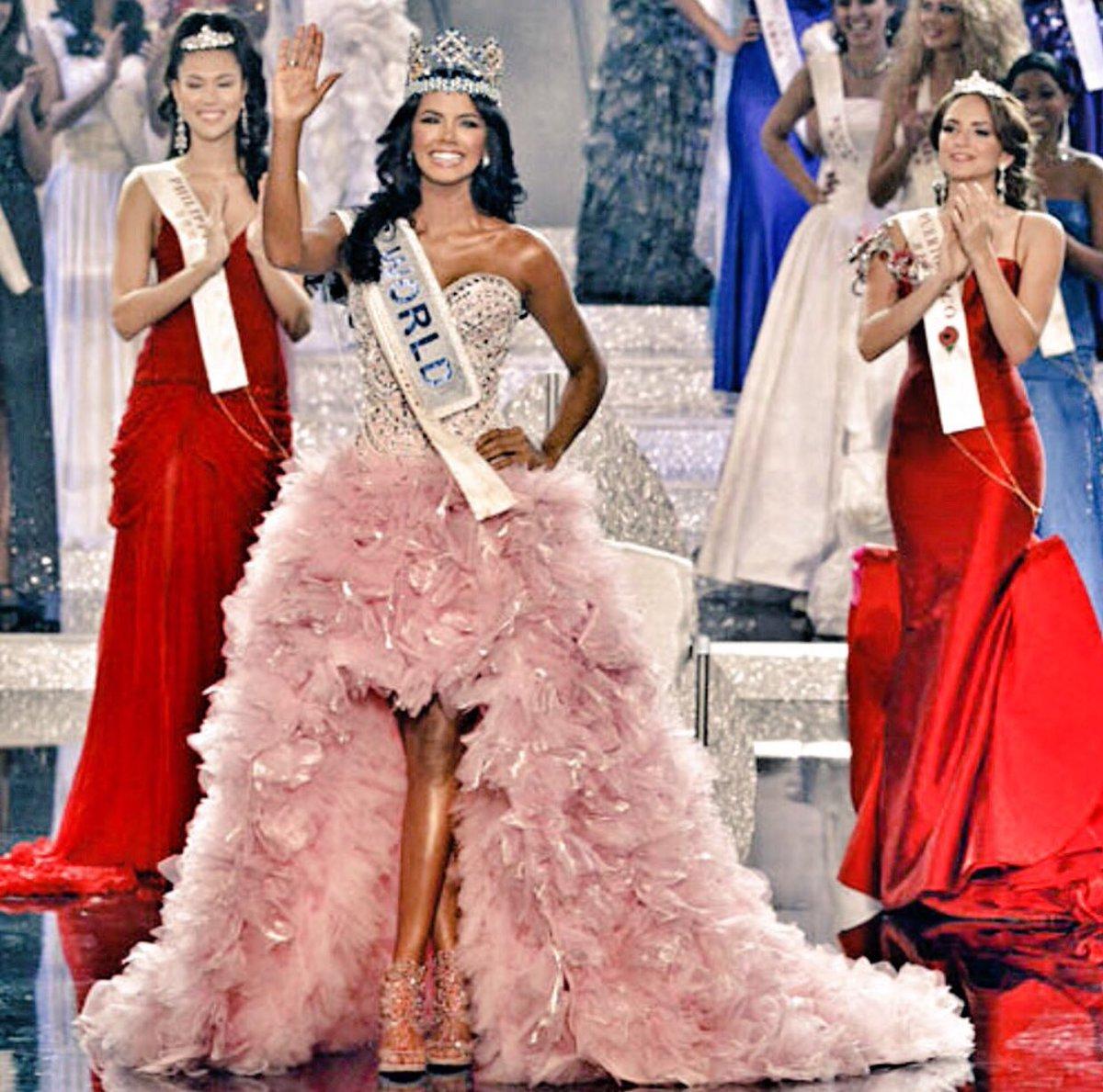 #TalDiaComoHoy hace seis años Ivian Sarcos ganó la 6ta corona de @MissWorldLtd para @missvzla #OrgulloMissVenezuela @2011MISSWORLD https://t.co/KQ7hacRPJR