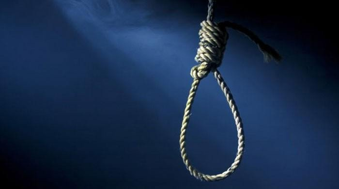 The #execution of two #Juveniles were upheld by the Prosecutor's Office @AmnestyIran @ReutersIran @Asma_Jahangir   http:// bit.ly/2zAV0w3  &nbsp;  <br>http://pic.twitter.com/1rEIuN3gpK