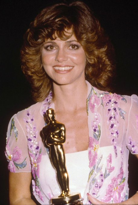 Happy birthday to one of Oscar\s elite group of two-time Best Actress winners, Sally Field!!