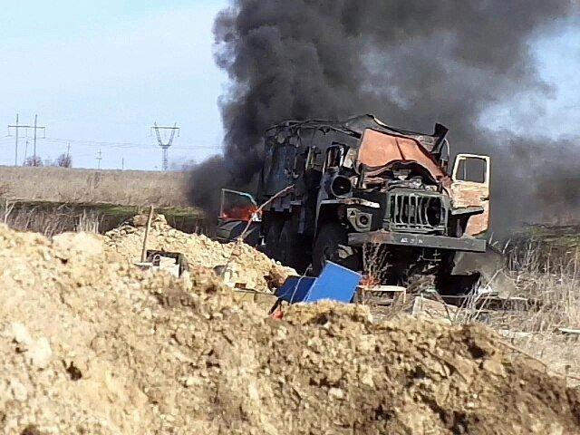 За прошедшие сутки один украинский воин был ранен. Враг 15 раз открывал огонь, применяя 120-мм минометы и РСЗО, - штаб АТО - Цензор.НЕТ 509