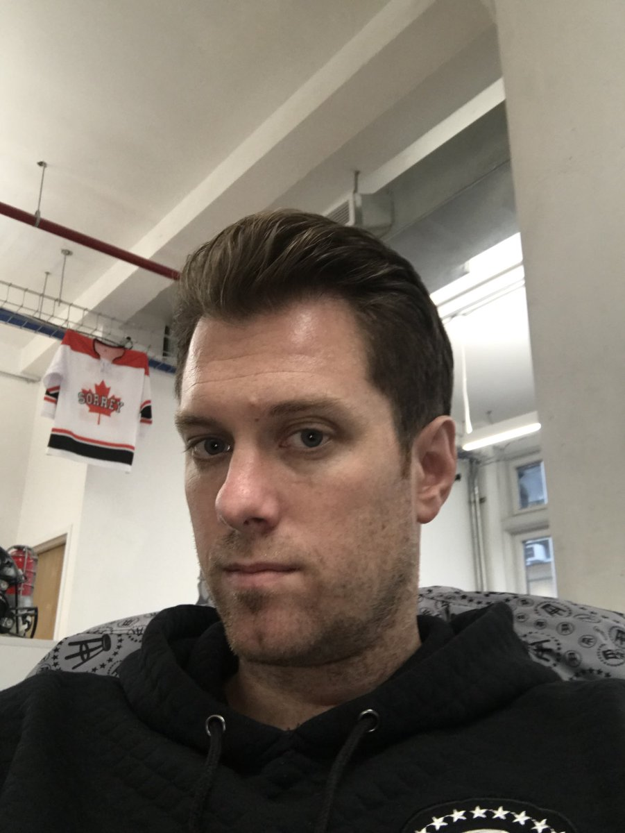 """KFC on Twitter: """"Todays haircut is so 💥💥 it has the office buzzing. So  much so @FrankieBorrelli said """"its so good it hurts"""" for Team Portnoy  @FleischmanSalon… https://t.co/6Ufeay2Iq1"""""""
