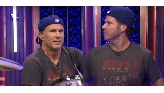 Happy birthday Chad Smith! Remember this battle of percussive giants?  -