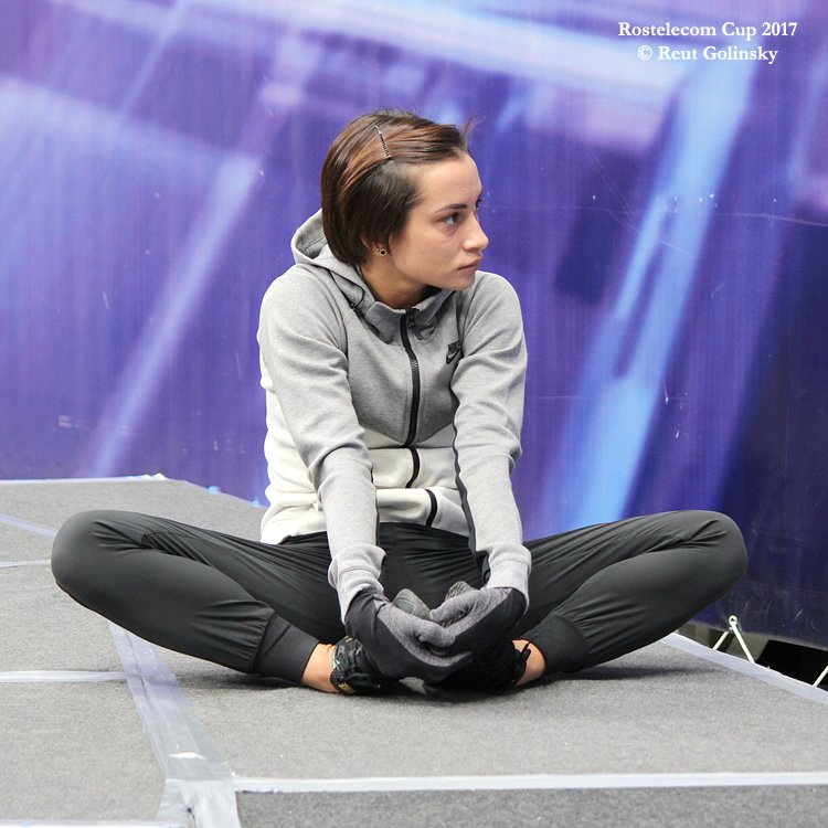 GP - 1 этап. 20 - 22 Oct 2017 Rostelecom Cup, Moscow Russia - 2 - Страница 36 DNDZJXaWsAAqOm1