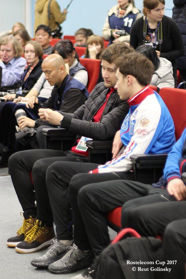 GP - 1 этап. 20 - 22 Oct 2017 Rostelecom Cup, Moscow Russia - 2 - Страница 36 DNDZbF9X0AAODAt