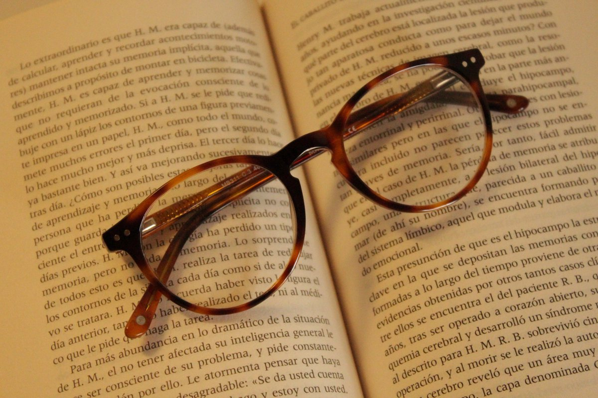 833428e814 #Gafas graduadas Tropik modelo Julia C3 https://goo.gl/o79cYf  #readabookpic.twitter.com/HI0l5jAFfe
