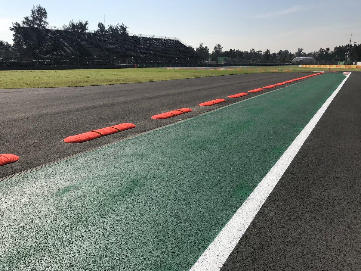 Пилот «Феррари» Феттель одержал победу квалификацию Гран-при «Формулы-1» вМексике