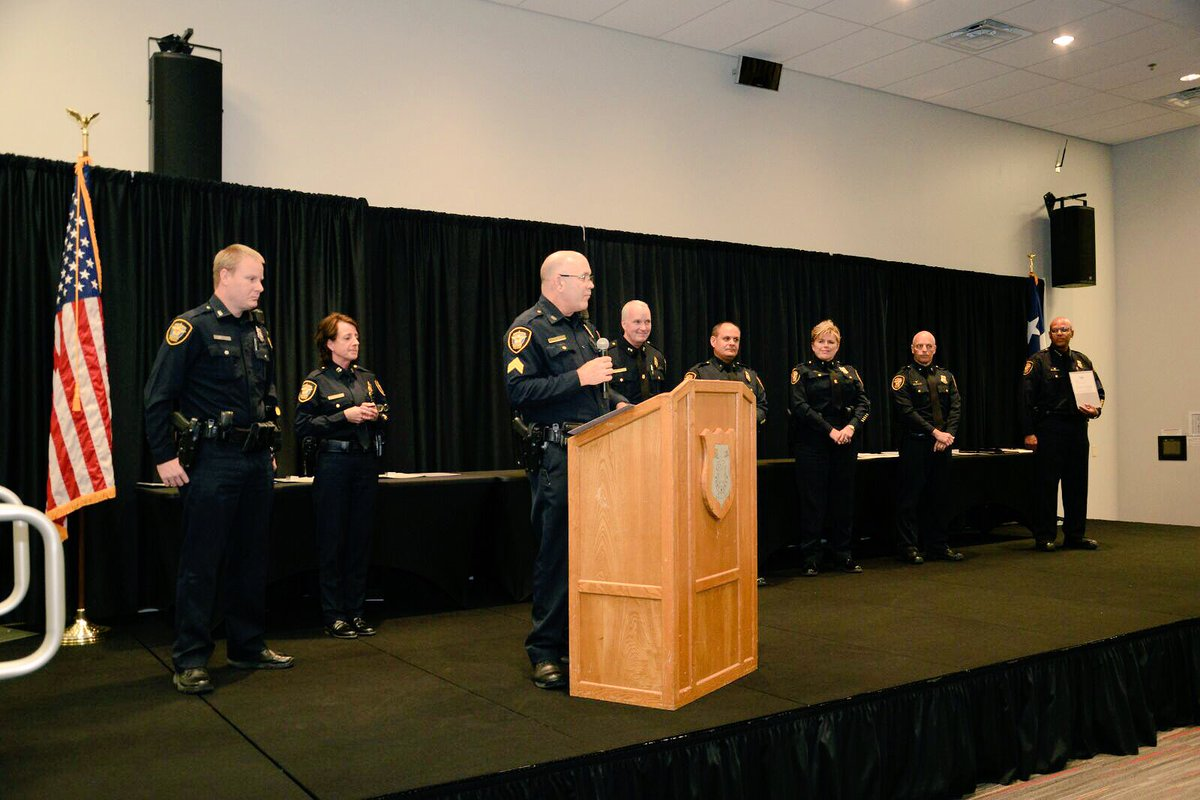fort worth police on twitter 2017 fwpd awards ceremony honoring all recipients medal of honor police commendation certificate of merit life saving