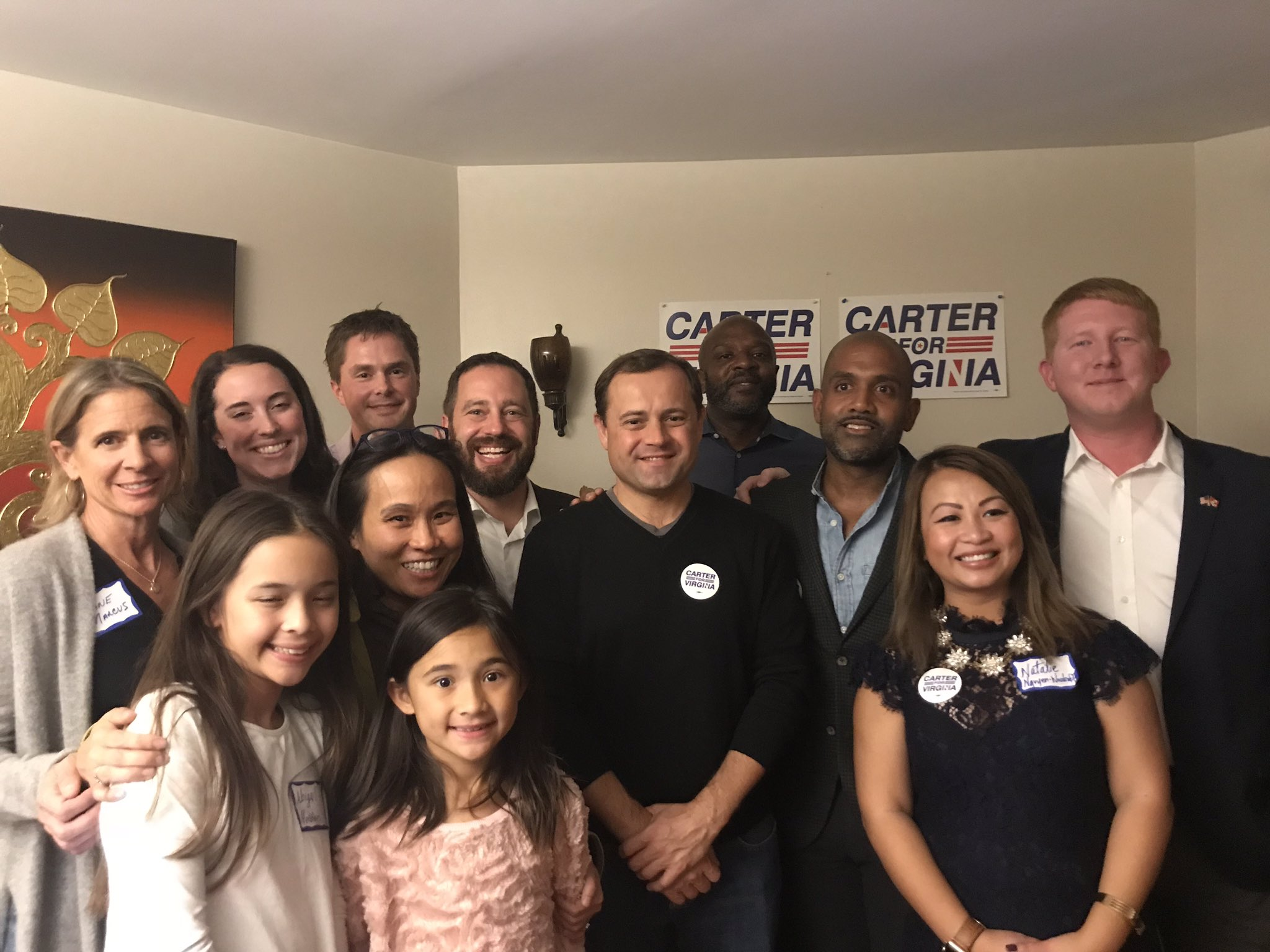 Great host committee and momentum for the people-powered @carterforva campaign! #winVA https://t.co/JgKcqPbMTw