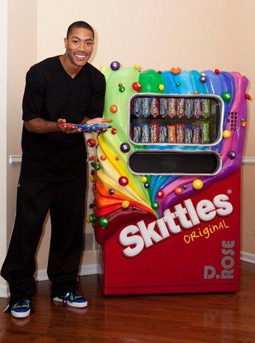 NBA球星喜歡吃什麼零食?羅斯買了台糖果機,小學生獨愛爆米花!-Haters-黑特籃球NBA新聞影音圖片分享社區