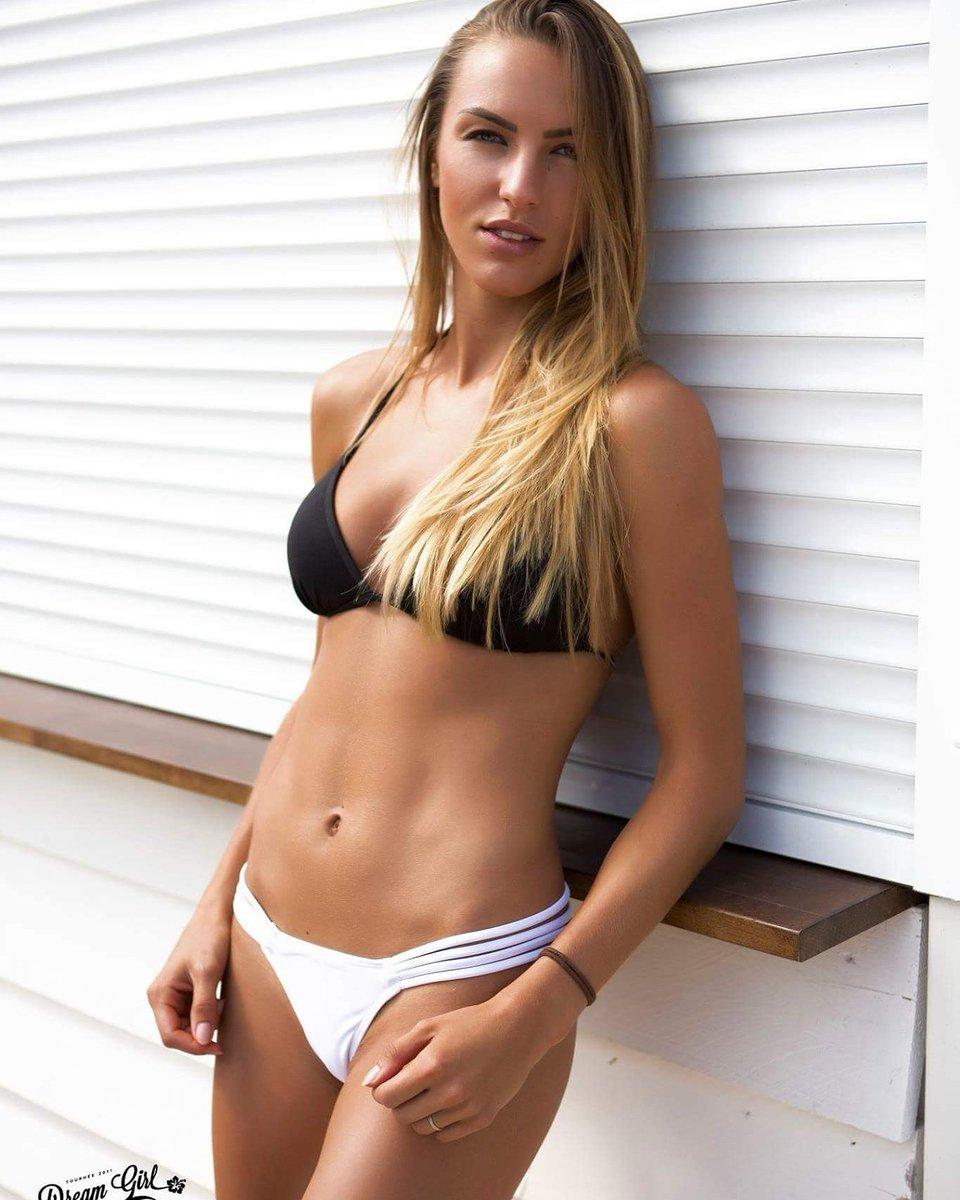 bikini cecille model
