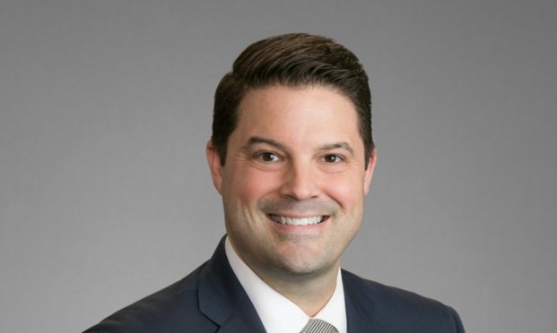 ".@joneswalker adds white-collar crime defense practice to Houston office, hiring James ""Jimmy"" Ardoin III  http:// ow.ly/UEYb30gbncT  &nbsp;   #txlegal <br>http://pic.twitter.com/ExWgWzHPsz"