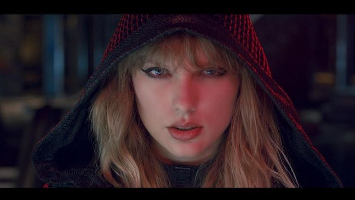 Taylor Swift - Ready For It -2