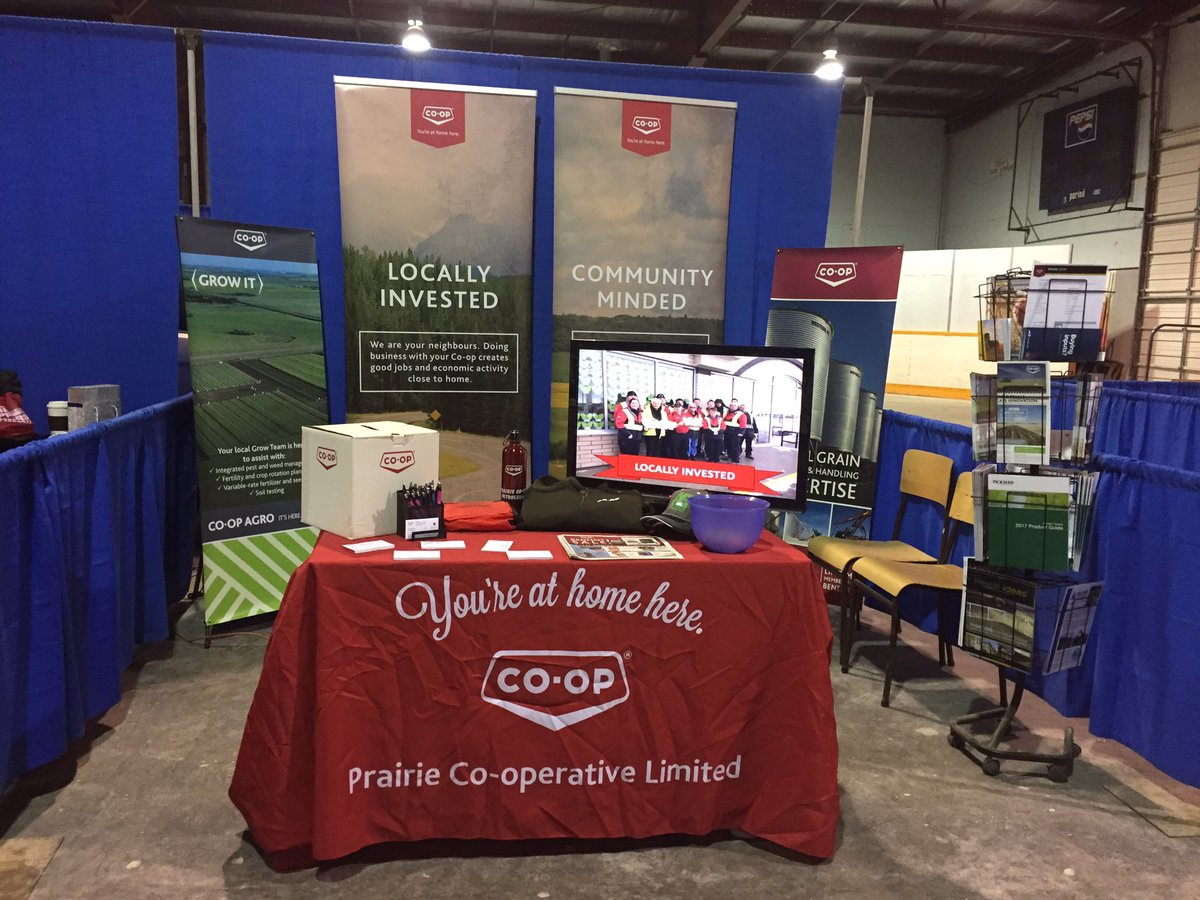 Come visit us at the Kelliher Trade Show! #GreatVendors #ShopLocal #GrowTeam <br>http://pic.twitter.com/l3s4IrxvSk