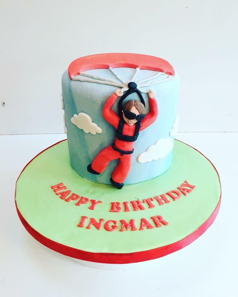 Belles Bakes on Twitter Happy Birthday skydiving skydive