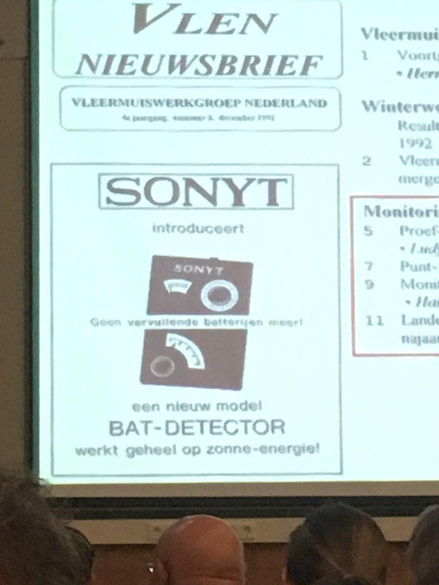 Historie niet compleet te reconstrueren.Maar redactie van #vlen-nieuwsbrief wel humor: 'n advertentie v batdetecor op zonne-energie🌞#vlendag