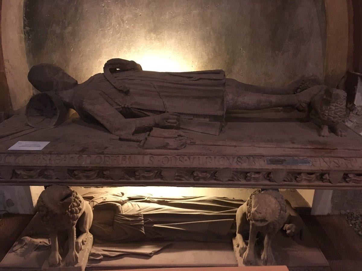 Les gisants... #EgliseSaintGuillaume @strasbourg @ProtestantsFete #aumônerie #militaire #protestante #protestantsenfete #PEF2017<br>http://pic.twitter.com/wH1iLAwiH5