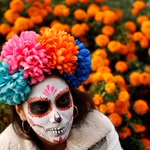 Dancing devils, towering skeletons - Mexico commemorates Day of the Dead as it mourns 500 killed in earthquakes https://t.co/ZqmZtxDi5K