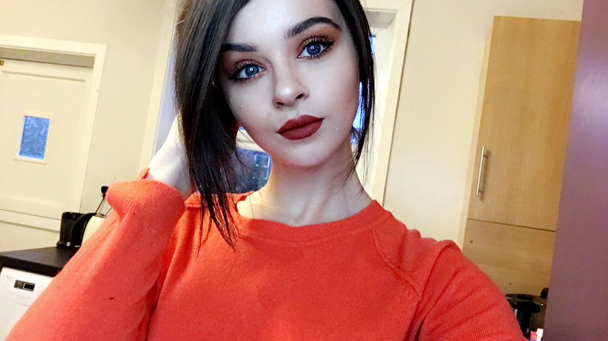 Chloelock hot