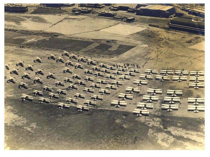 طائرات بريطانية في بغداد DNPlIuSVQAUTtac?format=jpg&name=small