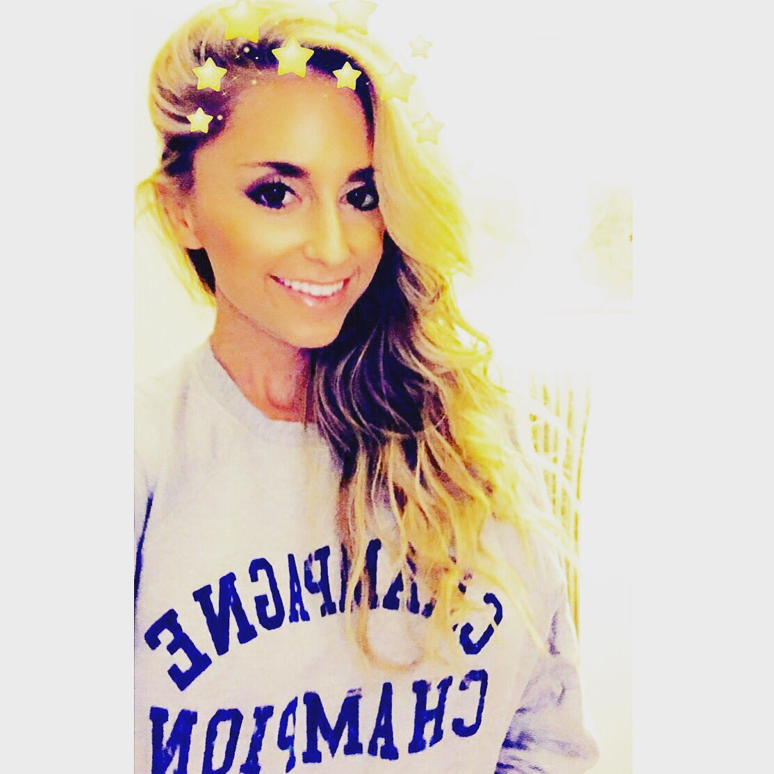 Jen Howell On Twitter I M Happy To Share That I M The Proud New Owner Of The Champagne Champion Sweatshirt Thanks Kate Chastain Belowdeck Bravotv Https T Co Qelylhu6fo [ 1114 x 1114 Pixel ]