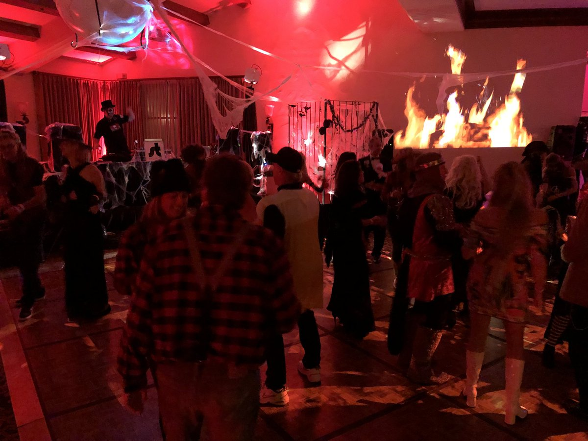 "keyt newschannel 3 on twitter: ""#voodoosb #halloween party"