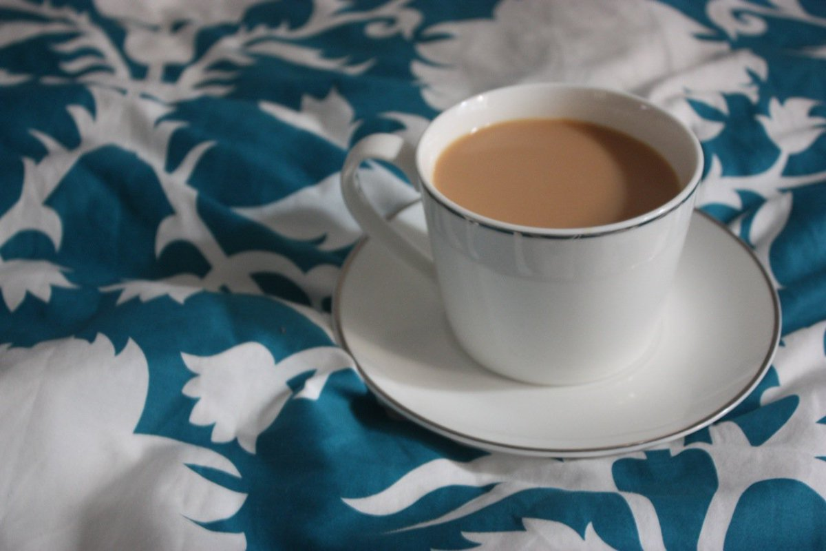 We Dream In Our Bed Tea Makes Them True That Is The Reason V Hv Bedtea But No Coffee Or Beer Rt If U Agree Sundaymorningpic Twitter
