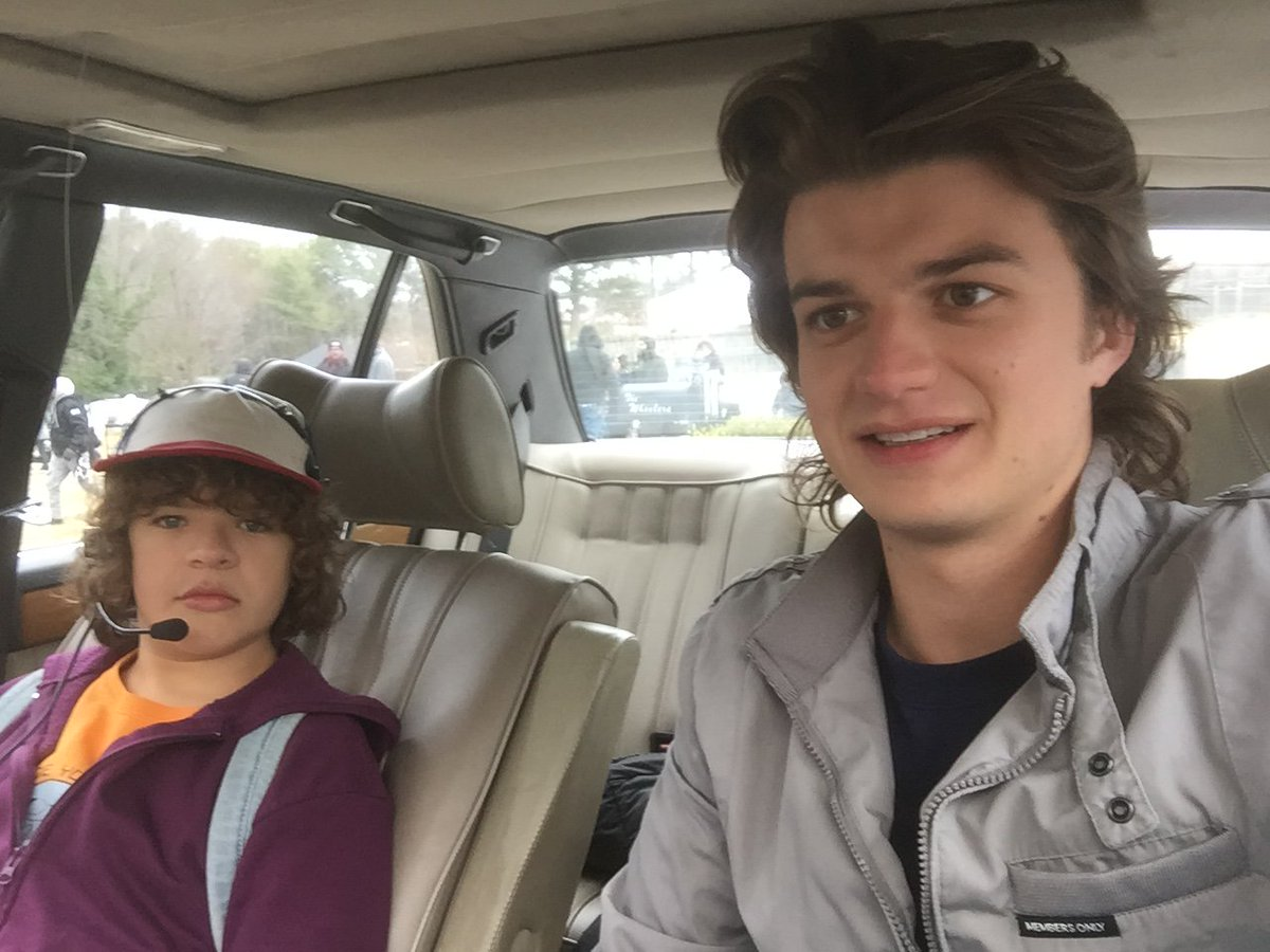 """23 Times The Cast Of """"Stranger Things"""" Was Adorable Offscreen In 2017"""