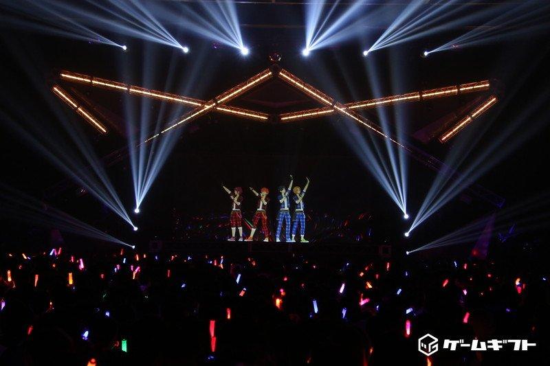"""『あんさんぶるスターズ!』DREAM LIVE -1st Tour-""""Morning Star!""""- ライブレポートはこちらから♪ gamegift.jp/web/adtrack?ca… #あんスタ #スタライ #ゲームギフト →行ってまいりました!ほぼ感想のみのレポートですがぜひ。"""