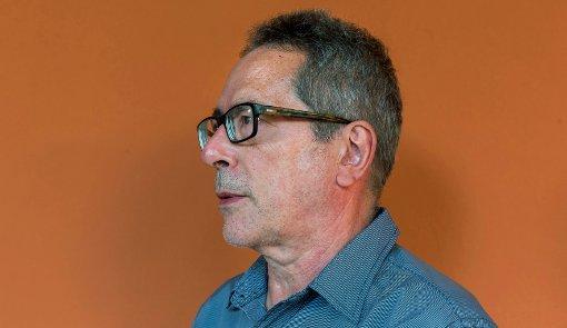Continuación de ideas diversas es un libro sobre la vanguardia en César Aira, siempre preocupada por lo real. elcultural.com/revista/letras…