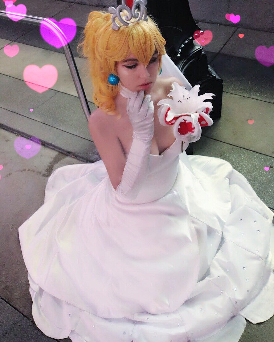 peach cosplay Wedding