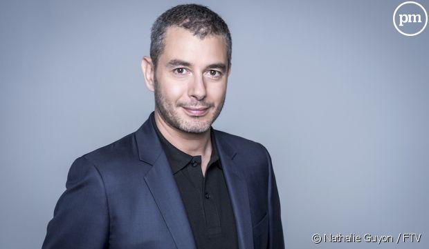 """""""C à vous"""" : Ali Baddou remplace Anne-Elisabeth Lemoine ce soir  http://www. ozap.com/actu/-c-a-vous -ali-baddou-remplace-anne-elisabeth-lemoine-ce-soir/540787  … pic.twitter.com/yJ5Pu2q0a7"""