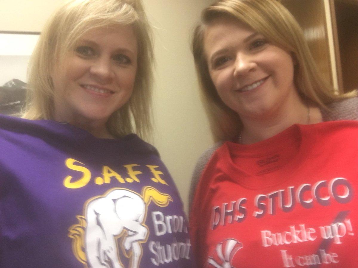 Thanks #KearnyCO @SAFEks for the shirts! #greatstarttotheweek #giftsonmydeskfirstthing #HappyMonday<br>http://pic.twitter.com/buUzliEJju
