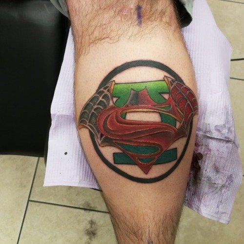 #Geek Awesome of the Day: #GreenLantern #Spiderman #Batman Colorful Leg Piece Superheroes #Tattoo via @s3xyg33k81 #SamaTattoo