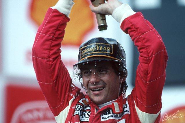 1991 e 1993: Ayrton Senna comemorou duas...
