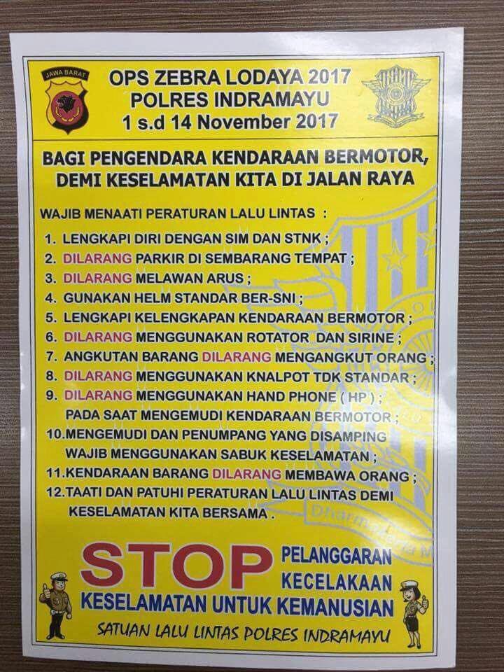 Wajib menaati peraturan lalu lintas