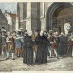 1517年10月31日、ルターはヴィッテンベルク城教会の扉に「95箇条の論題」を掲示し、資金集めのた…