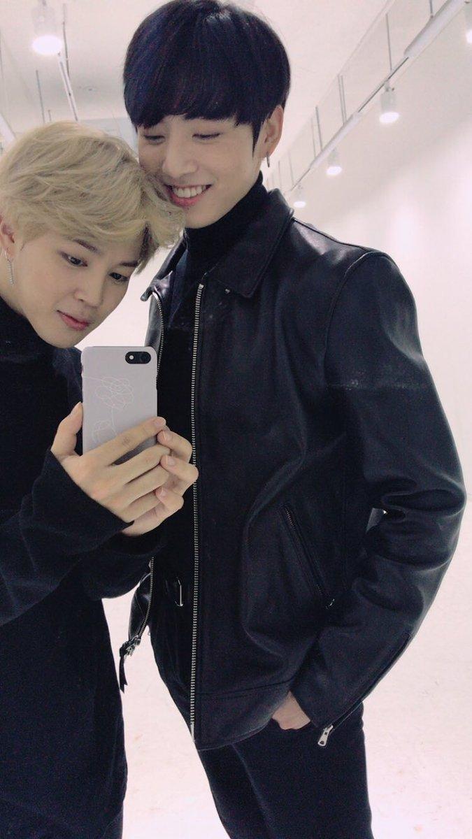 ☺️💐 #BTSLoveMyself  #BTS #방탄소년단 #JIMIN #꾹 https://t.co/7ATOd6XF41