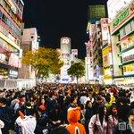 【ハロウィン当日】渋谷、仮装集団で大パニック「歩行者天国」出現スクランブル交差点から「SHIBUYA…
