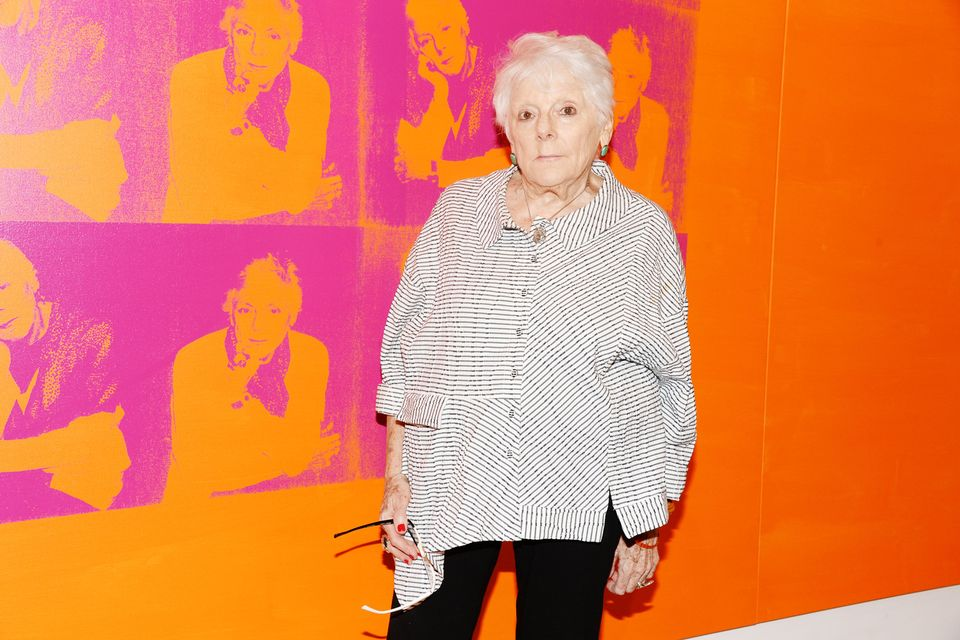 """migrants linda nochlin essay Artnews reports that linda nochlin, the art historian best known for her formative feminist essay """"why have there been no great women artists"""" published in 1971, died on sunday she was 86."""