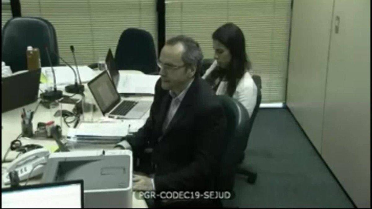 Funaro diz que Temer recebeu R$ 2,5 milhões de propina do grupo Bertin https://t.co/iF6kpH3Vn4 #G1