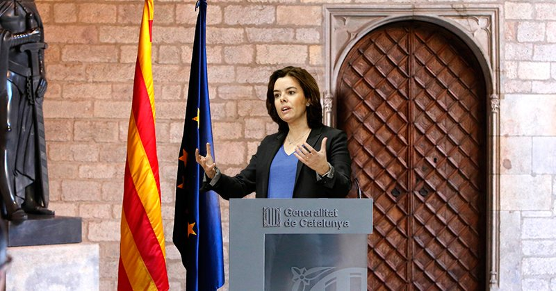 """Sáenz de Santamaría afirma que """"España ens roba"""" sólo 3 días después de ser designada presidenta de la Generalitat https://t.co/EMVTa4rDHn"""